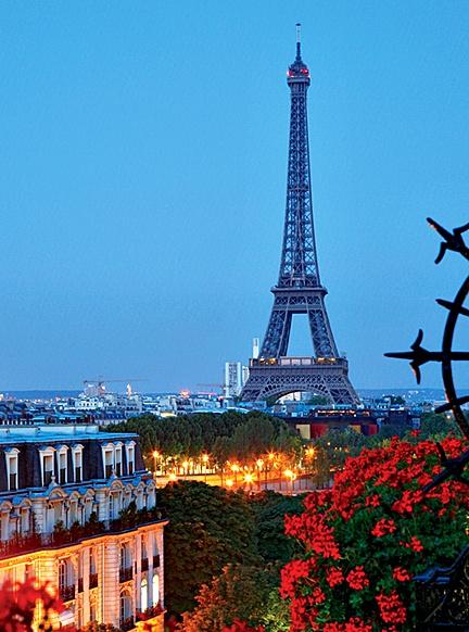 Paris: Oneday, Buckets Lists, Balconies Gardens, Eiffel Towers, Travel Photo, Paris France, Summernight, Places, Summer Night