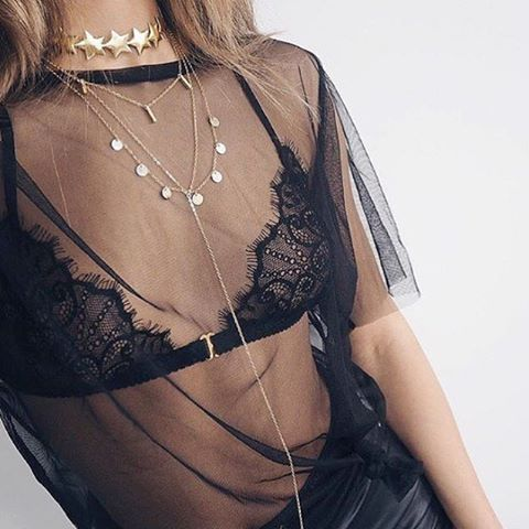 Loving this delicate mesh t shirt with bralet and necklaces by @bagatiba ⭐️⭐️⭐️⭐️⭐️ #mesh #bralet #jewelry