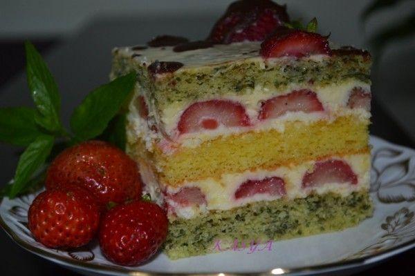 Торт м'ятно-полуничний
