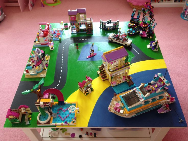 lego friends heartlake city scene table top made from hardboard slots over coffee table used. Black Bedroom Furniture Sets. Home Design Ideas