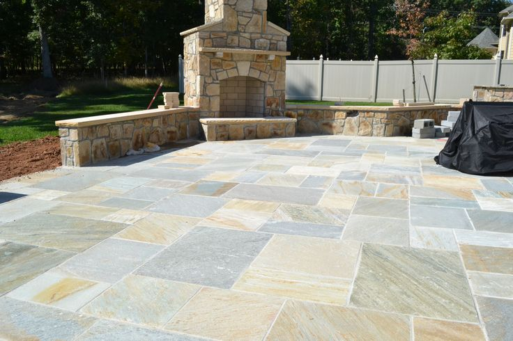 With A Gold Quartzite #Flagstone #patio, You Will Never Want To Spend  Anytime Away From It! Give Yourself This Special Stone For The Patio. Repin  Au2026
