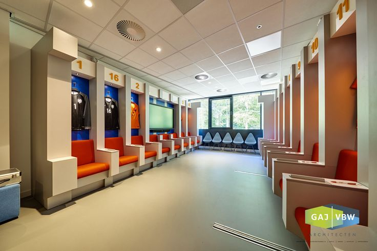 dressingroom style meetingroom @ KNVB Campus Dutch soccer association orange seats