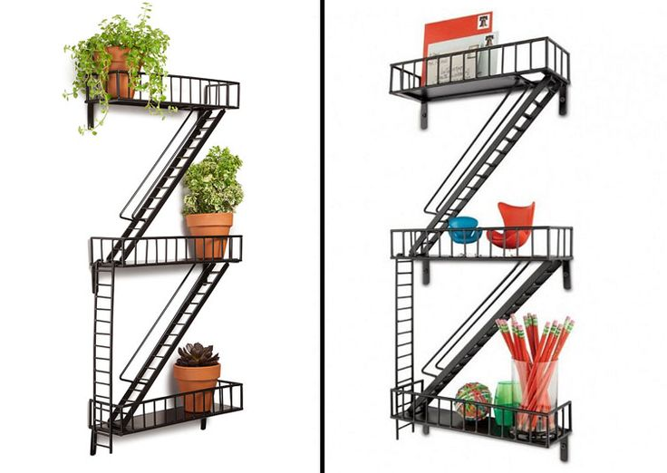 """Etagère métallique """"Urban Fire Escape Shelf"""" Escalier de Secours New Yorkais . Esprit Loft noir mat. Design décoration."""