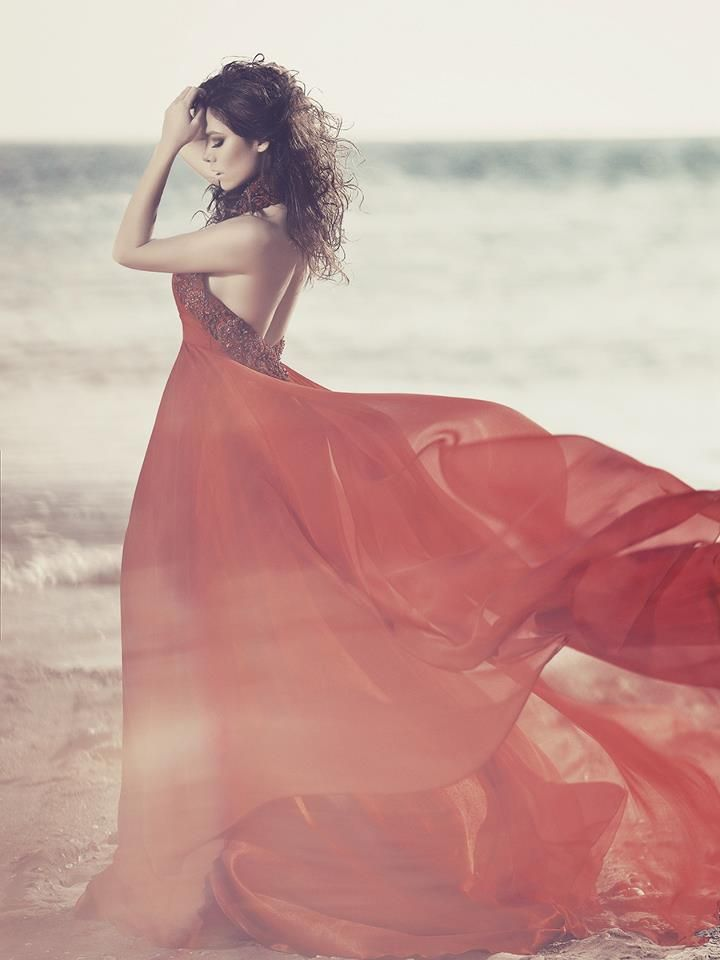 Silk gown for a red priestess of Asshai, Julia Kontroguni.