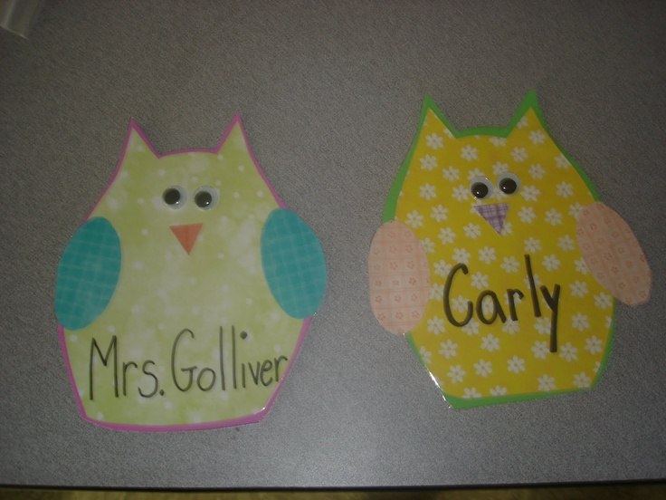 Definitely making these name tags for my munchkins' cubbies next year