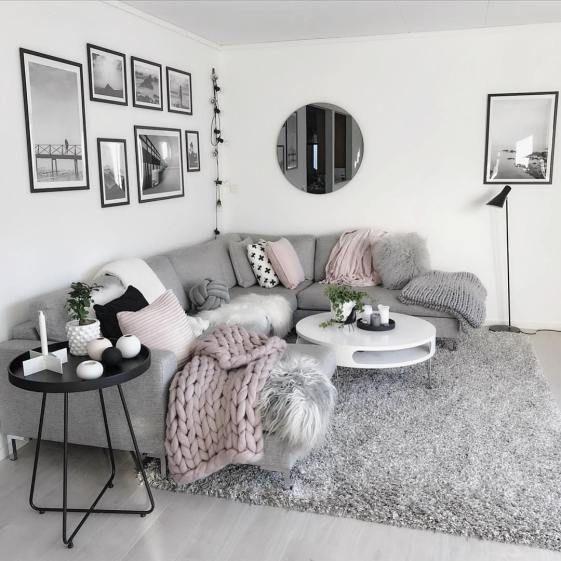 Ich liebe dieses hellgraue moderne und gemütliche Wohnzimmerdekor #Wohnzimmer #decor