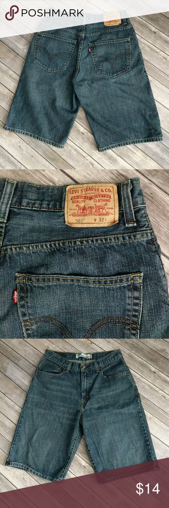 """Men's Loose Straight Levi's 569 Shorts Jean shorts in excellent used condition. Waist 16"""" laying flat. Rise 12"""". Inseam 11 1/2"""". Levi's Shorts Jean Shorts"""