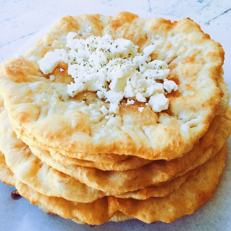 Tiganopsomo- Fried Greek Pita Bread