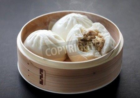 肉まんを蒸し、中国点心します。