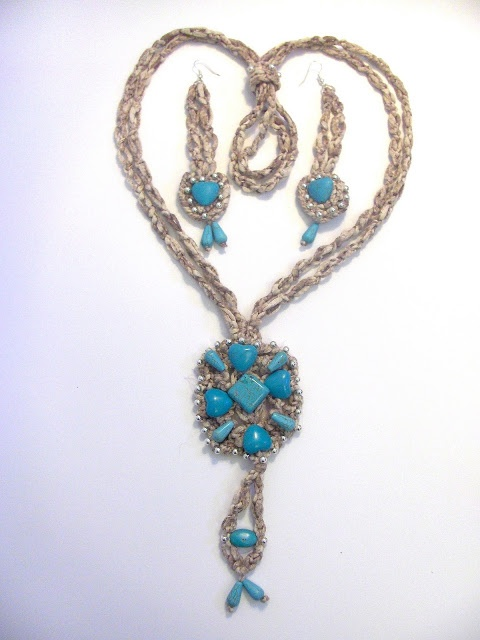 #L'AMOUR_TURQUOISE #necklace and #earings Necklace and Earrings Twisted double chain #crochet, medallion with #turquoise stones and silvered beads. Adjustment ring pair for the necklace. Length: Necklace  23'' / Earrings 4,3'' Color: melange hemp, turquoise, silver #FTJ #FiammaTortoliJewelry