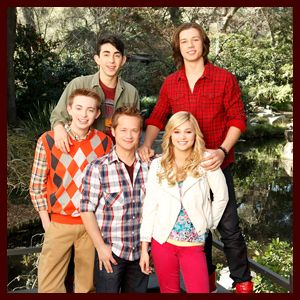 Leo Howard Girlfriend | Jason Earles, Leo Howard, Olivia Holt, Dylan Riley Snyder, and Mateo ...