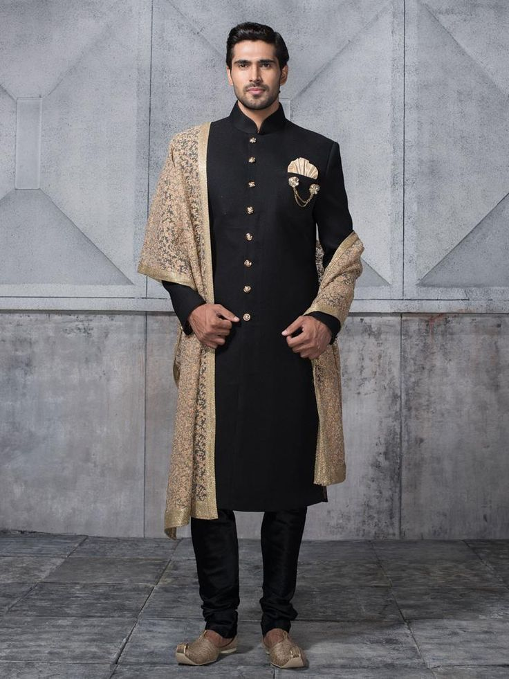 Indian Wedding Outfits For The Bridesgrooms Brother -5611