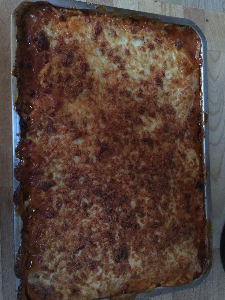 Moussaka volgens recept van Jeroen Meus. http://www.een.be/programmas/dagelijkse-kost/recepten/moussaka