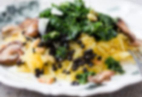 Pastastrikjes met zalm en kruidenkaas | HungryPeople   ngrediënten  1 el gehakte…