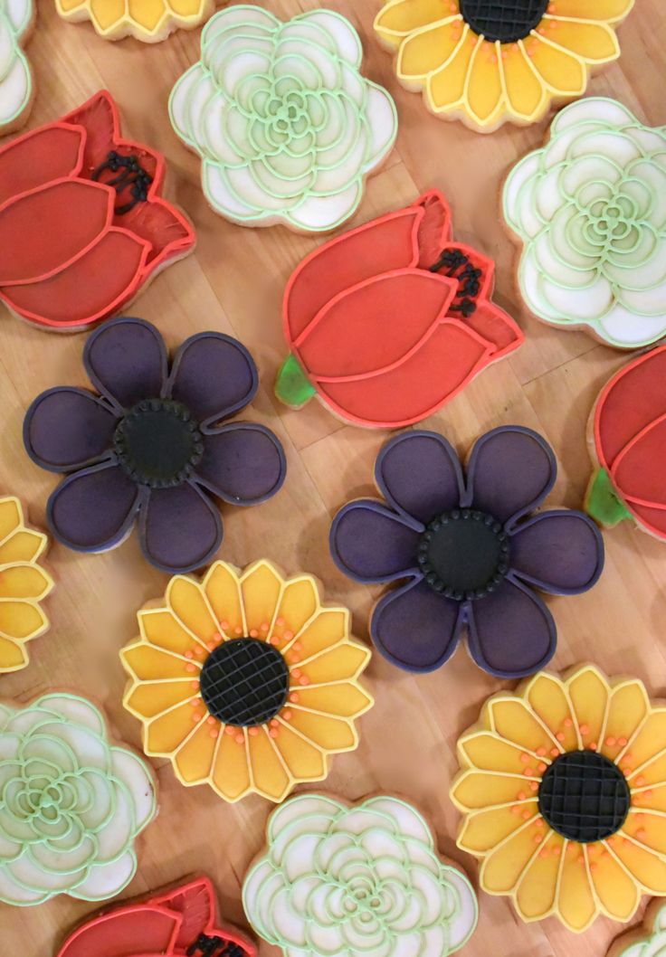 Custom Flower Sugar Cookies (Set of Eight) by Sweet17Cookies on Etsy