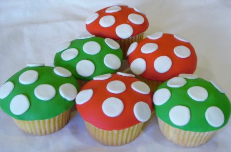 Mushroom cupcake for Super Mario Brothers party - too bad I didn't see this in January!