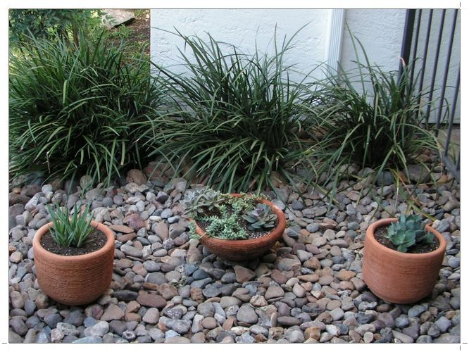 very small backyard landscaping ideas backyards pinterest. Black Bedroom Furniture Sets. Home Design Ideas
