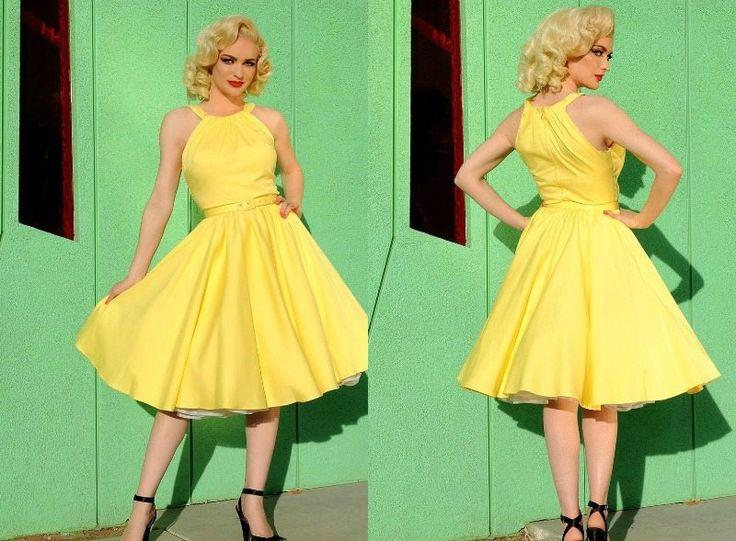 robe années 50 jaune avec jupon et chaussures à bride cheville