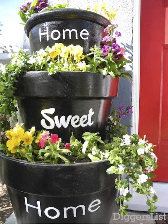 Vertical Flower Pots -The Perfect Solution For Small Gardens I;m so making