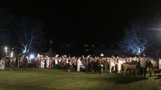 Calne Nativity: Town claims world record for largest gathering