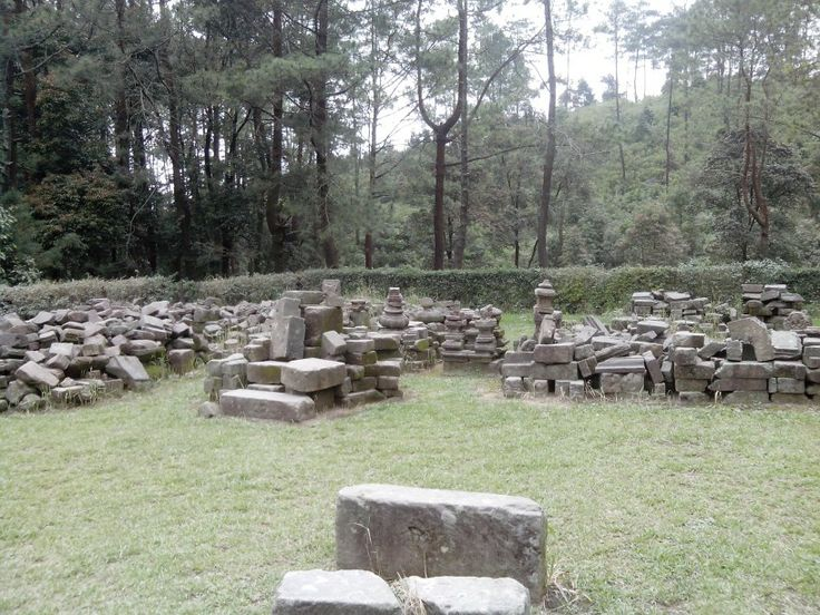 Around the fourth temple of gedongsongo