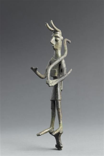 Votive statuette archer, Orientalizing period (720-580 BC) (Etruria). Photo: RMN-Grand Palais (musée du Louvre)