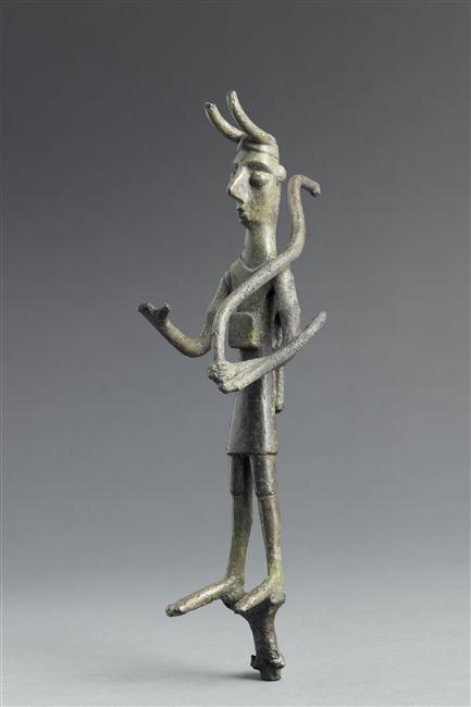 Votive statuette archer, Orientalizing period (720-580 BC) (Etruria). Photo: RMN-Grand Palais (musée du Louvre)