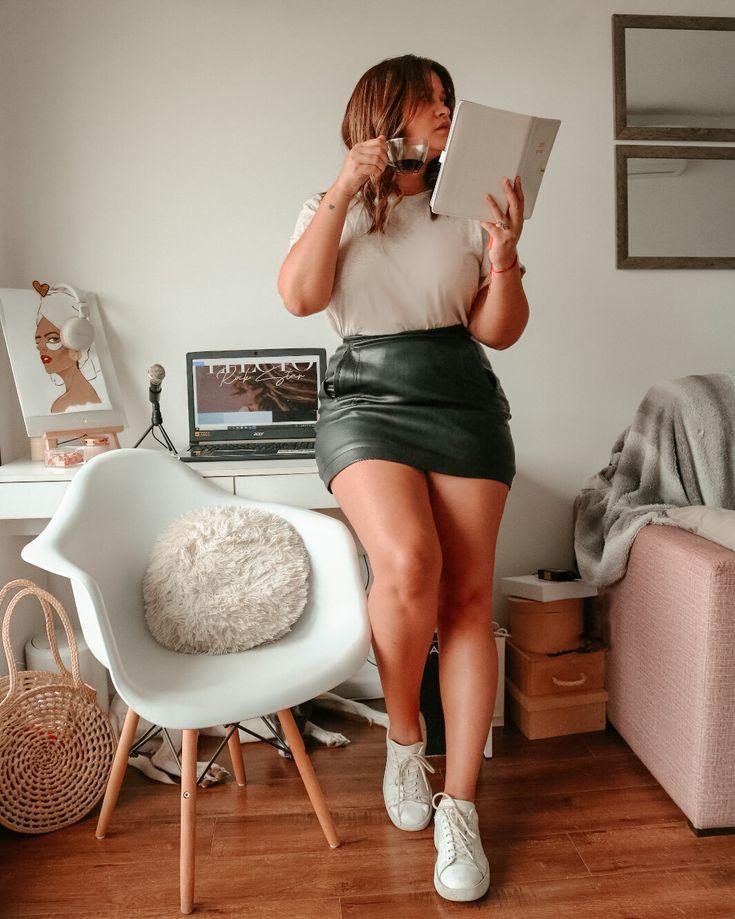 Leather Skirt, Hobbies, Photographs, Poses, Skirts, Fashion, Scenery, Black, Clothing