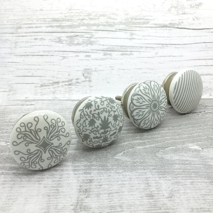 Success I, II, III and IV ceramic knobs are lovely grey designs to decorate home furnitureSuitable for decorating chest of drawers, bedroom furniture, set of cupboards, dresser or kitchen furniture and cabinets. They have been designed to work perfectly together or alone. Available in four designs (from left to right) I II III IV The price is per knob These are ideal for room and can decorate your home without many changes. These are made from high quality ceramic with metal fittings…