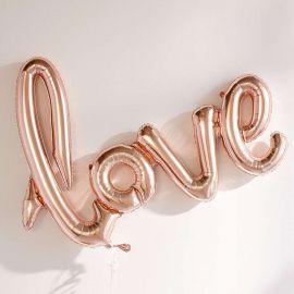 L'incontournable ballon LOVE en mylar couleur cuivre est à retrouver d'urgence sur http://www.savethedeco.com/ballons/1971-ballons-love-cuivre-.html