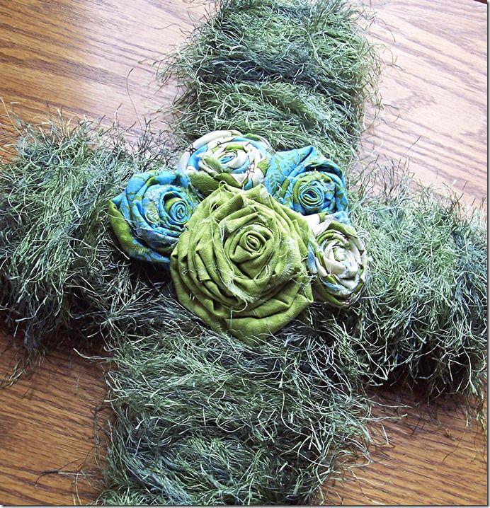 easter yarn croos