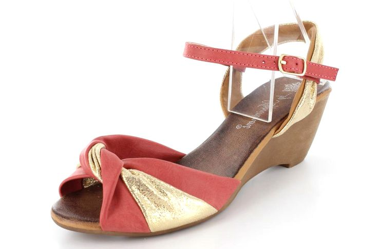 Cute Summer Wedge  Style: Twixt