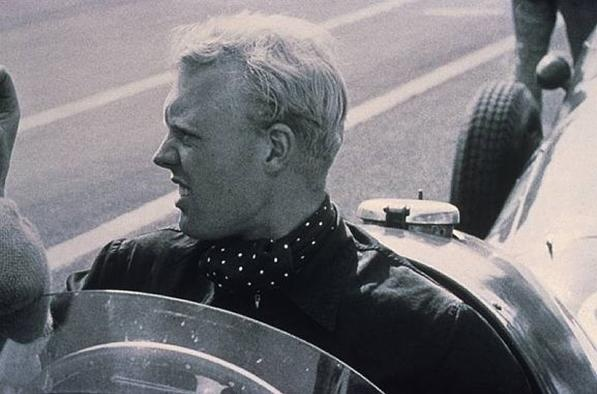 Mike Hawthorn (GBR) Ferrari, 1958 World Champion.