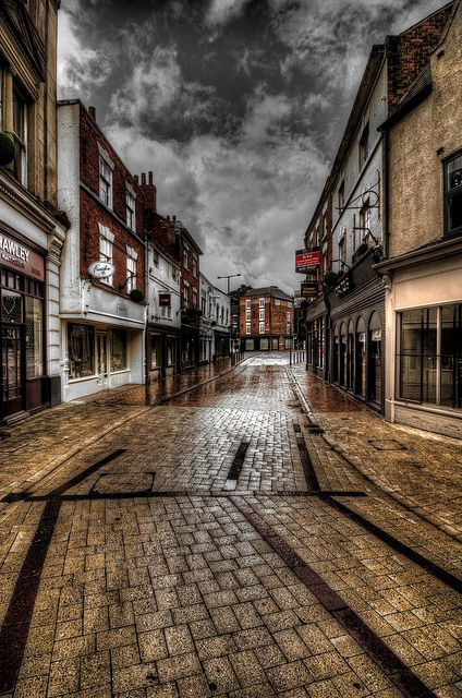 Sadler Gate Derby England    Lots of my Fam Jam live here, visited quite a few times. always lots of shopping to be done. Sweet antique shops down these streets