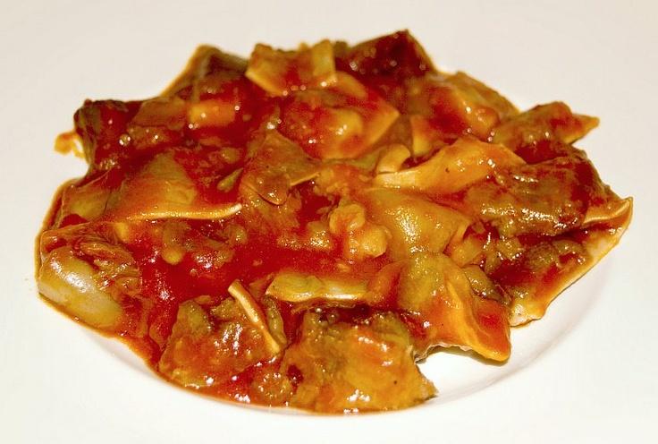 'Orejas de cerdo con salsa brava