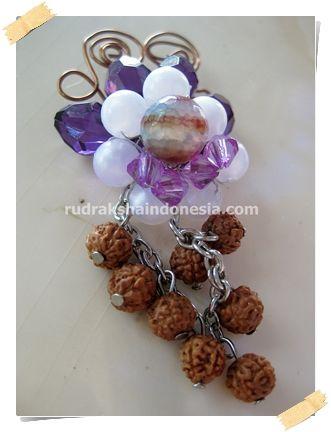 Rudraksha Brooch Acrillic Violet