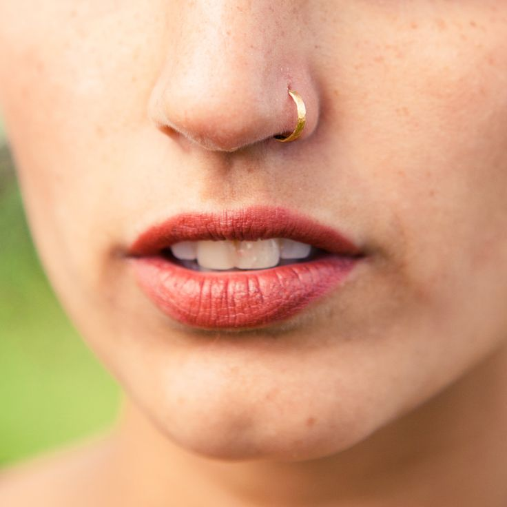 Best 25+ Gold nose rings ideas on Pinterest | Gold nose hoop, Nose ...