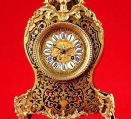 Impresionante Reloj de Sobremesa Boullé. Ca. 1870.