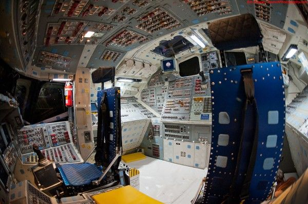 Space Shuttle Cockpit Power On - Pics about space