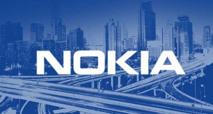 La solución de Nokia soporta toda una gama de sensores, conectores y otros dispositivos conectados esenciales para facilitar servicios de contadores inteligentes, de seguridad y de automatización en los hogares. Estos servicios proporcionan a los clientes una experiencia totalmente integrada y fácil de utilizar, con un sistema que se pone en funcionamiento automáticamente al conectarlo a la red.