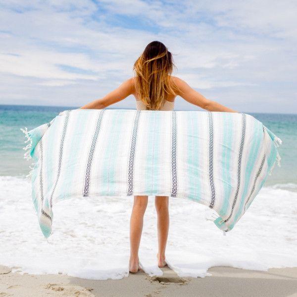 Mexican Beach Blanket: 1000+ Ideas About Beach Blanket On Pinterest