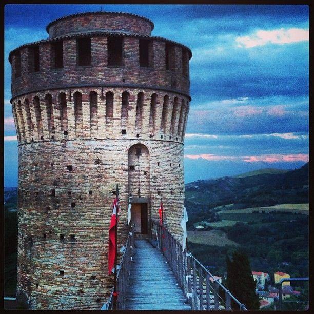 Brisighella | Castle - 44°13′00″N 11°46′00″E