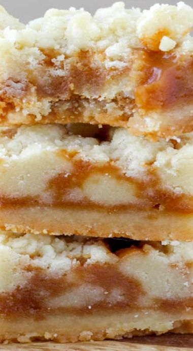Salted Caramel Butter Bars. This sounds pretty easy and also delicious. Will get the ingredients and try it tomorrow!!!