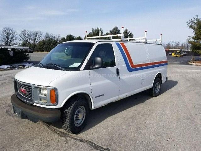 2002 Gmc Savana G3500 Extended Cargo Van With Images Cargo Van Vans Gmc