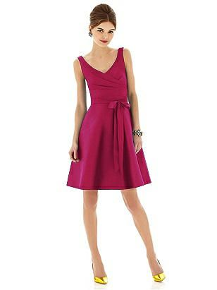 Alfred Sung Style D622 http://www.dessy.com/dresses/bridesmaid/d622/
