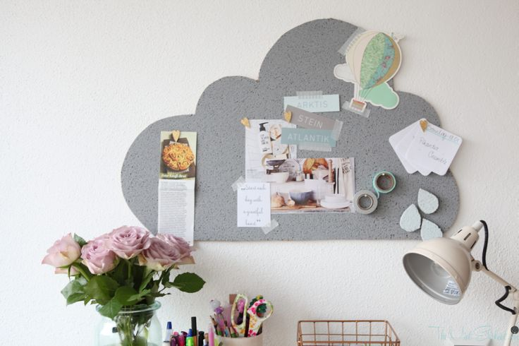 Kork Pinnwand selber machen - in 3 Schritten - http://the-mint-elephant.com/kork-pinnwand-selber-machen-in-3-schritten/223/ - Anleitung, Basteln, Cloud, Dekorieren, DIY, Glitzer, Herzen, How to, Memoboard, Organisieren, Pinnwand, Tutorial, Washi Tape, Washi Tape Halterung, Wolken