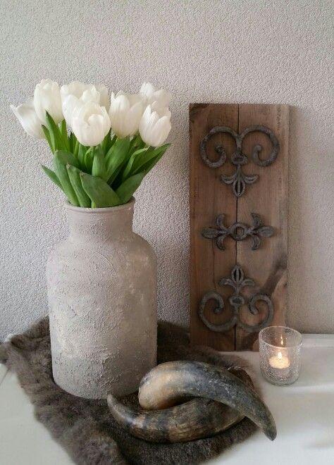 Te gaaf ornament gemaakt op sloophout. Love it! Gemaakt van (sloop)hout en een rubber deurmat ♡