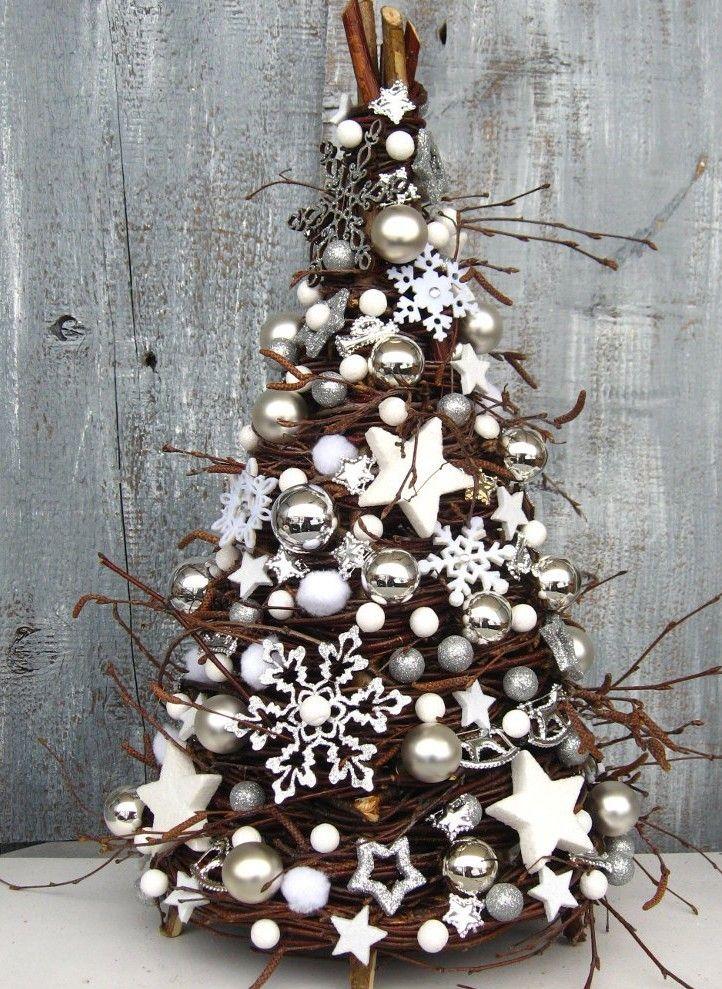 Árvore de Natal maravilhosa no estilo rústico pra você se inspirar.