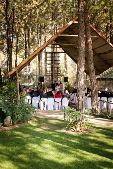 FOREST WALK | Located centrally between Johannesburg and Pretoria in the heart of Glen Austin, lies this unique venue surrounded by beautiful forest surroundings and big gardens.