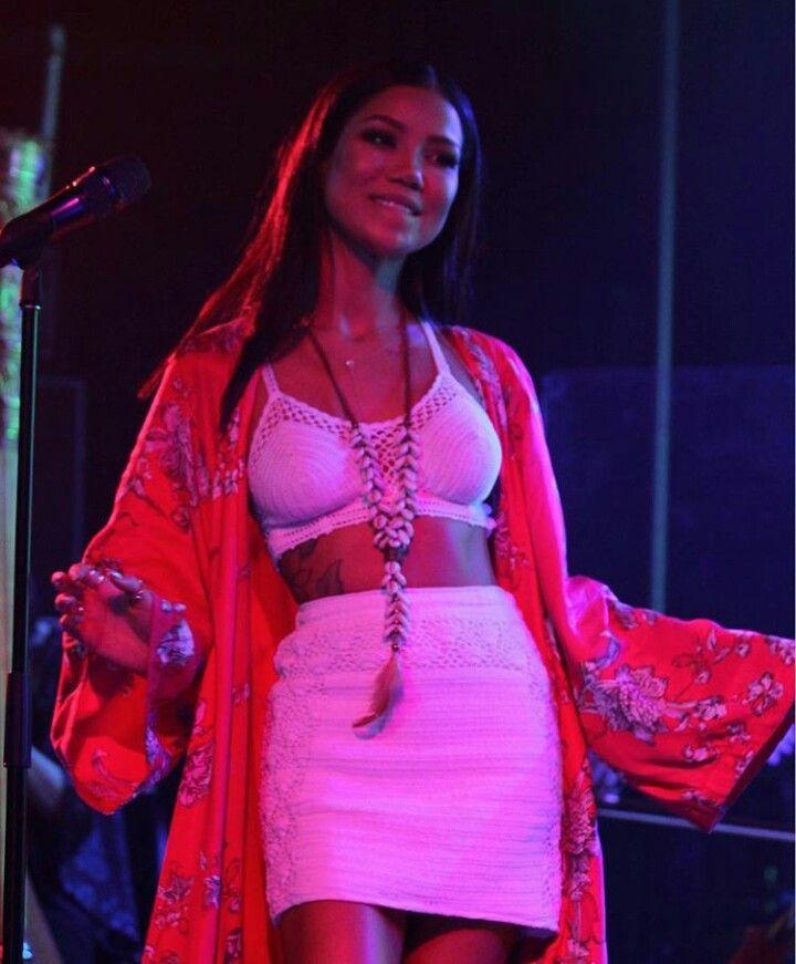 Jhené Aiko